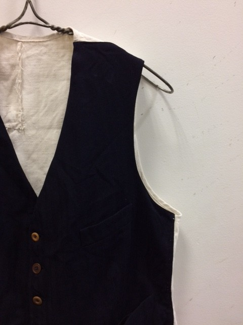 DA'S,Customized/Two tone vest