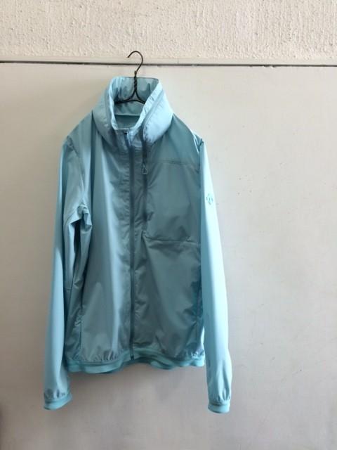 DESCENTE ALLTERRAIN/Airy Transfer Packable Jacket