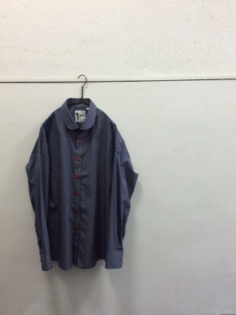 Quilp/Round Collar Shirt