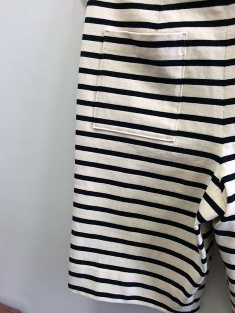 Smoothday/Striped short pants