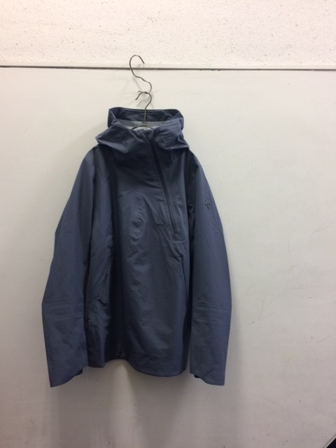 DESCENTE ALLTERRAIN/Para-hem Boa Shell Jacket